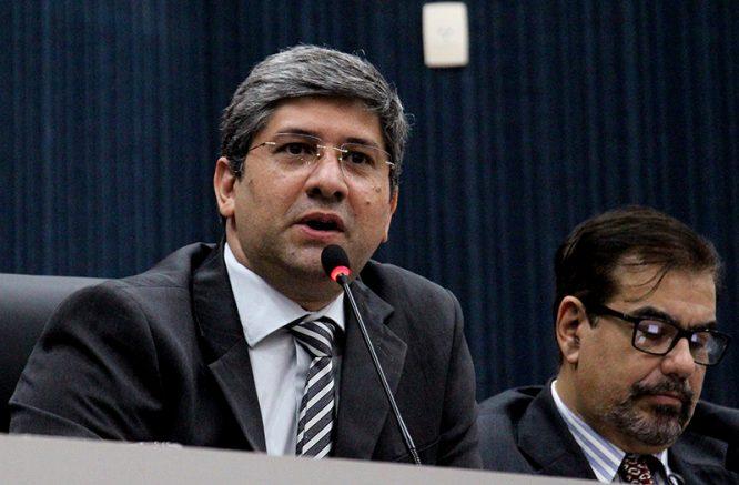 O presidente da Câmara Municipal de Manaus, Joelson Silva