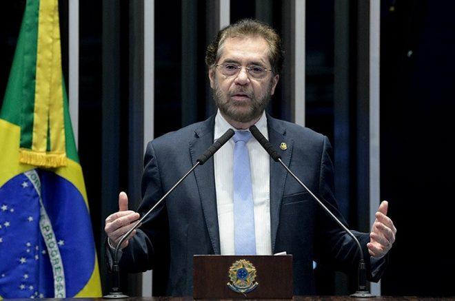 Senado Plínio Valério negou que proposta seja retaliação (Foto: Roque de Sá-Agência Senado)