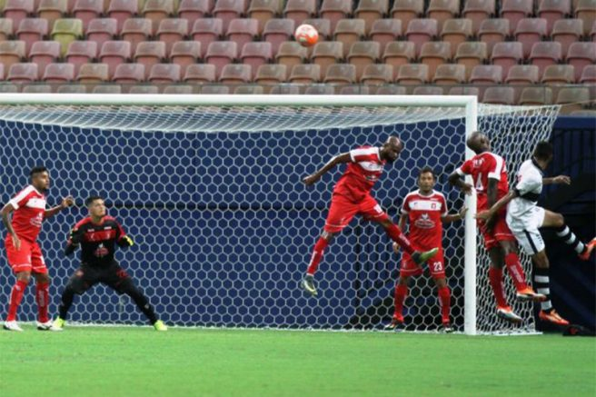 Princesa (de vermelho) joga em casa na disputa pela liderança (Foto: Antonio Assis/FAF)
