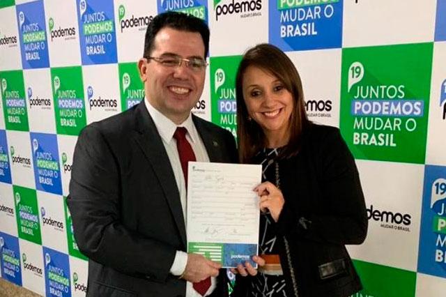 Wilker Barreto e a deputada Renata Abreu, presidente nacional do Podemos