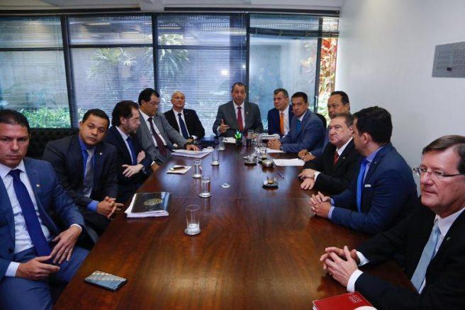 Bancada do Amazonas com o superintendente da Suframa, Alfredo Menezes