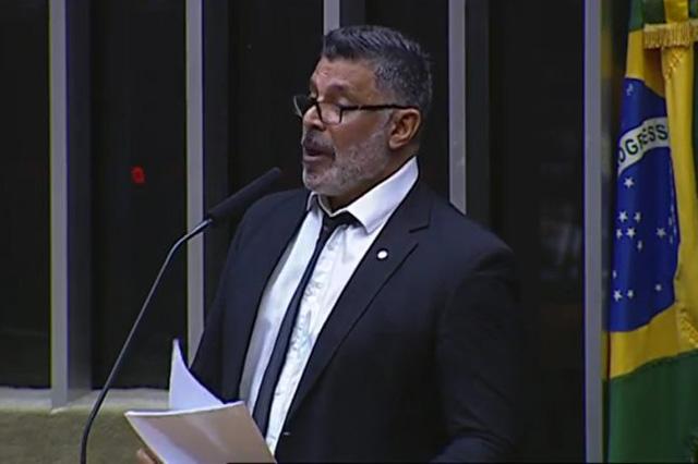 Alexandre Frota classifica líder do governo de 'faixa branca' (Foto: Facebook/Reprodução)
