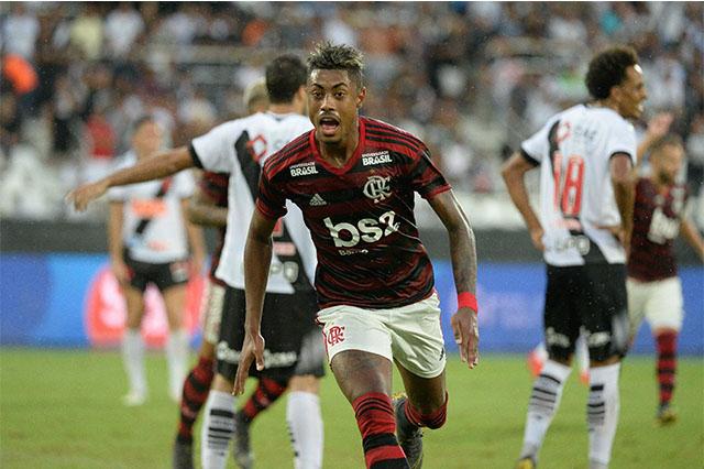 Bruno Henrique foi o herói rubro-negro (Foto: Alexandre Vidal/Flamengo)