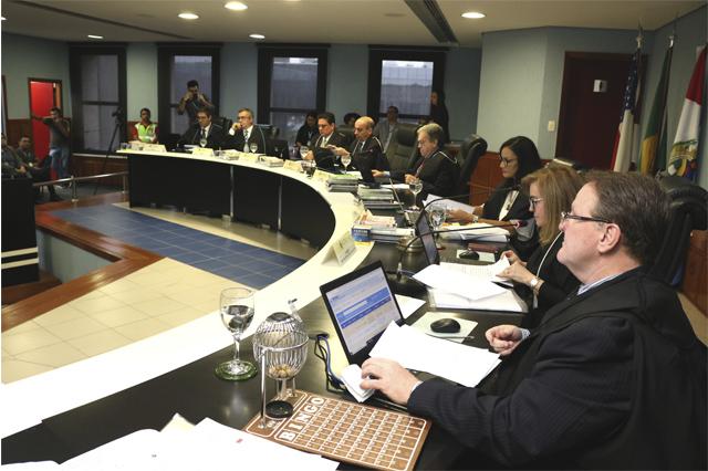 Plenário do TCE rejeitou contas de ex-gestores (Foto: TCE/Divulgação)