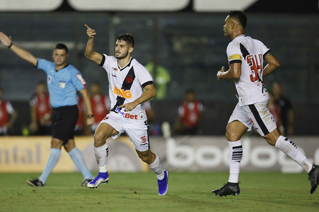 Ricardo marcou para o Vasco, mas Santos ficou com a vaga (Foto: Rafael Ribeiro/ Vasco)