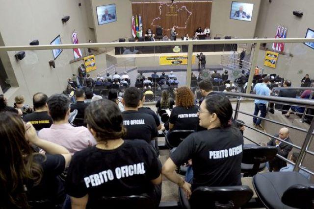 Policiais Civis lotaram a galeria da Assembleia para acompanhar a votação (Foto: Divulgação)