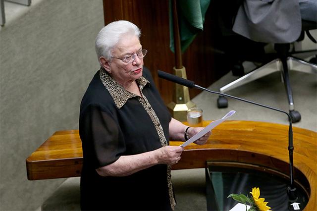 Luíza Erundina diz que a nova Câmara é formada por filhos de velhos políticos (Foto: José Cruz/ABr)
