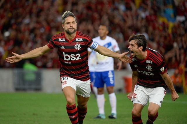 Diego comemora gol contra o São José Alexandre (Foto: Vidal/Flamengo)