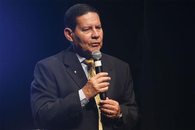 Hamilton Mourão diz que governo deve ser claro nas propostas (Foto: Antonio Cruz/ABr)