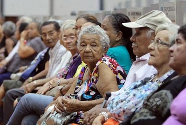 BPC é um benefício que pode ser solicitado por idosos carentes aos 65 anos e tem o valor de um salário mínimo (Foto: Robervaldo Rocha/CMM)