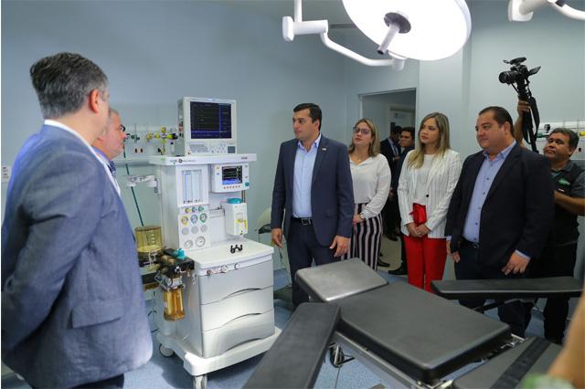 Governador Wilson Lima visitou instalações de hospital (Foto Diego Peres/Secom)