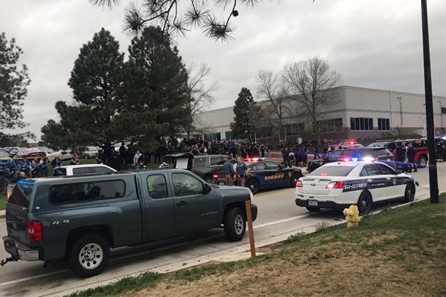 Ataque à escola no Colorado (Foto: Facebook/Reprodução)