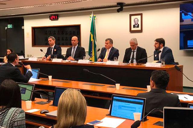 Audiência Pública na Comissão de Desenvolvimento Industria Comercio e Serviços da Camara