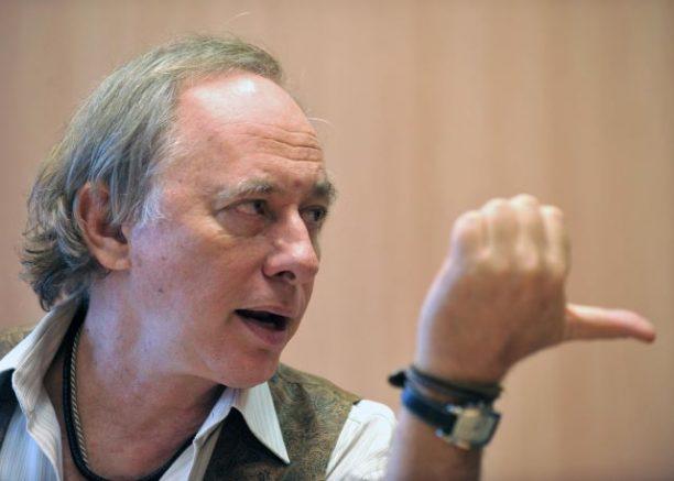 Carlos Minc, ex-ministro do Meio Ambiente (Foto: Marcello Casal Jr/ABr)