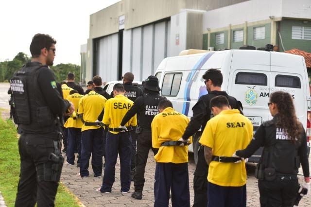 presos transferidos de Manaus