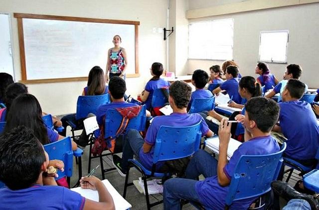 Educação-aluno
