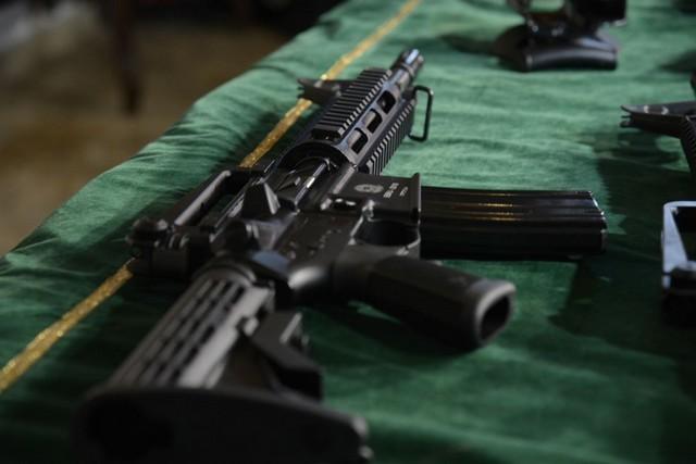 Cidadãos se armam no Amazonas e registros têm aumento de 57,8%