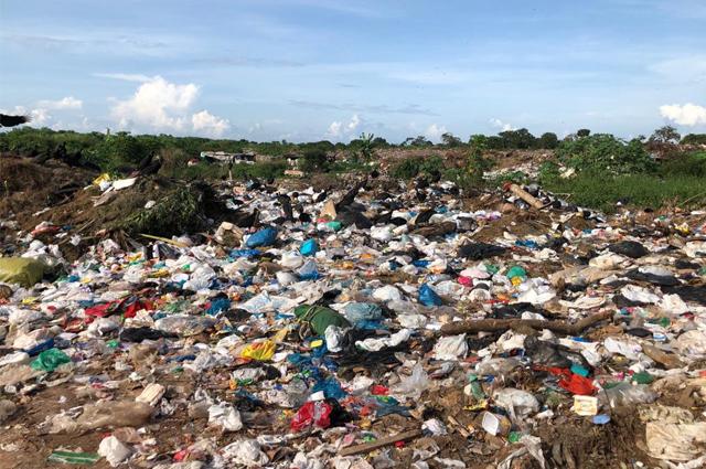 Municípios não cumprem lei e 3 mil lixões são mantidos a céu aberto no país