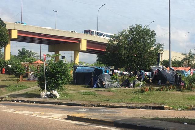 acampamento-venezuelanos