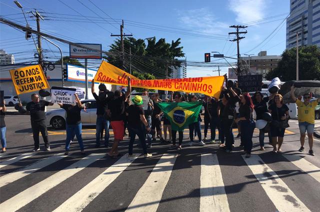 protesto funcionários empresas médicas da maus caminhos