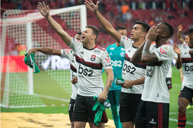 Ao Eliminar O Inter Flamengo Pega O Grêmio Na Semifinal Da
