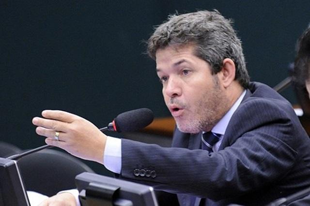 Delegado-Waldir