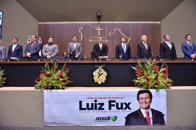 Luiz Fux é homenageado na ALE