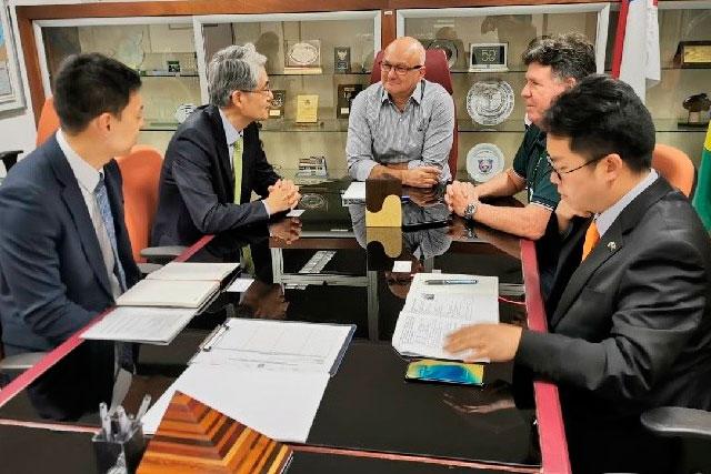 Reunião de embaixador da Coreia do Sul com o superintendente da Suframa