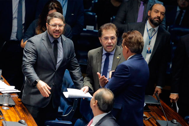 Carlos Almeida no Senado