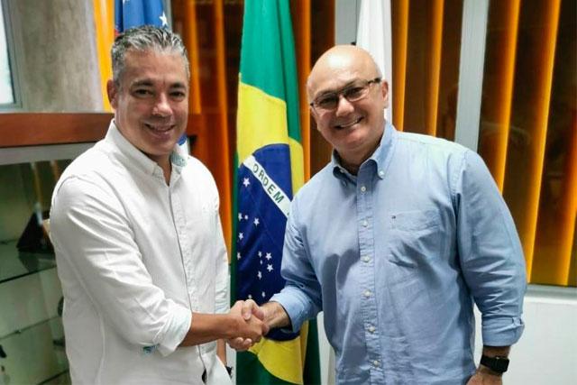 Josué Neto e Alfredo Menezes