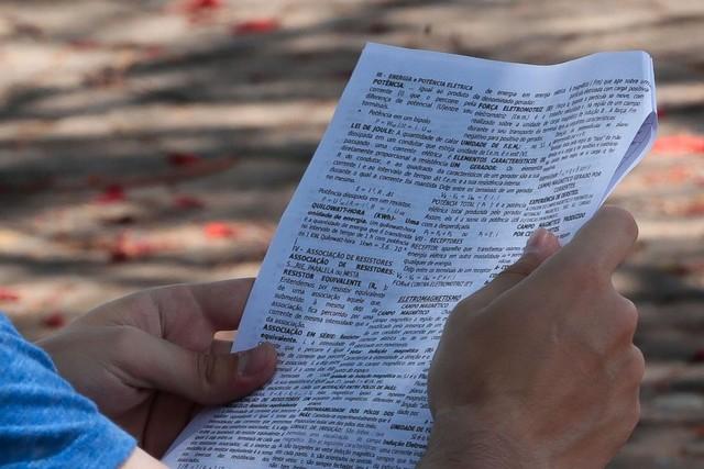 Candidato fez a prova do Enem de uma cor, mas a nota foi corrigida como se fosse de outra (Foto: Antonio Cruz/Agência Brasil)