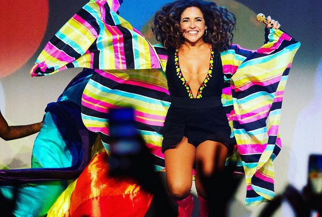 Daniela Mercury diz que com a atual política brasileira, a misoginia, a homofobia e o racismo parecem ganhar força (Foto: Facebook/Reprodução)
