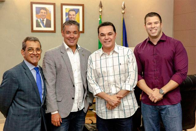 Josué Neto e deputados de Roraima