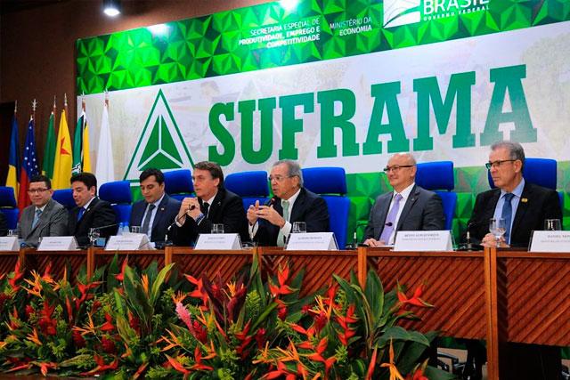 Bolsonaro e Paulo Guedes na reunião do CAS