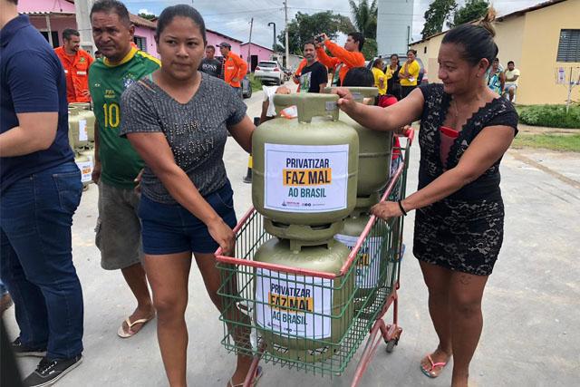 botija-de-gás-protesto