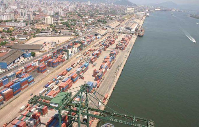 Sindicato diz que os trabalhadores portuários de estiva estão expostos a risco alto de contaminação (Foto: Governo Brasil/Divulgação)