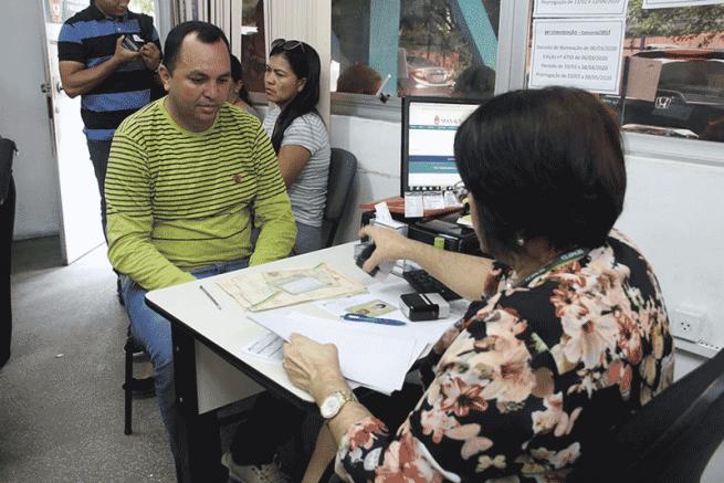 Professores tomam posse de cargos na Semed (Foto: Eliton Santos/Semcom)