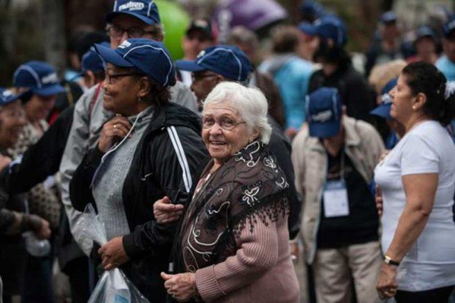 Aposentados e pensionistas poderão poderão comprometer uma fatia maior de suas rendas com empréstimo consignado (Foto: Marcelo Camargo/Agência Brasil)