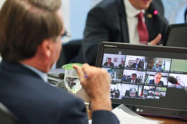 Jair Bolsonaro realizou nesta terça teleconferências com governadores (Foto: Isac Nóbrega/PR)
