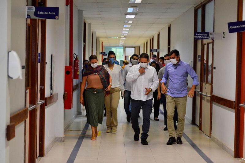 Hospital Nilton Lins, inauguração
