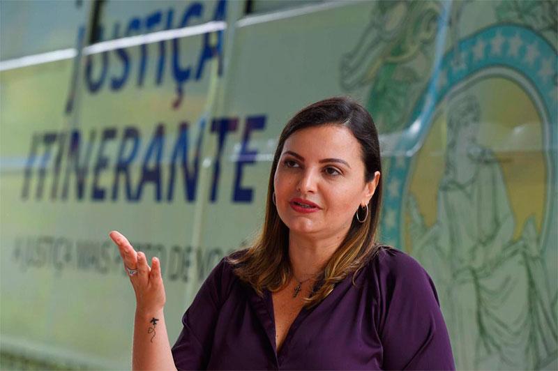 Juíza Vanessa Leite Mota