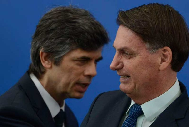 Jair Bolsonaro pediu a Nelson Teich que leve em conta a necessidade de preservar empregos (Foto: Marcello Casal JrAgência Brasil)