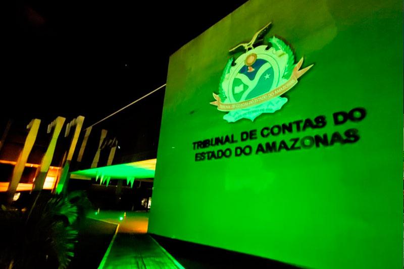 Luzes verdes TCE
