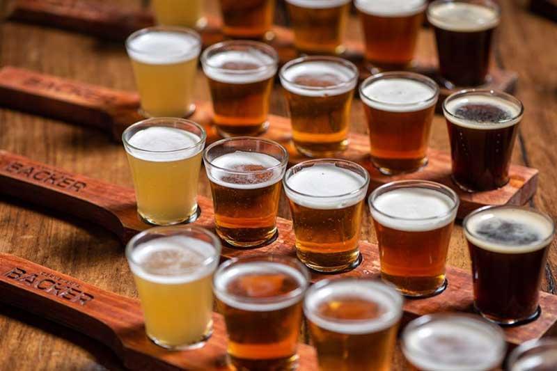Cerveja que está parada em tanques há 90 dias poderá ser usada para a produção de álcool 70% (Foto: Backer/Reprodução)