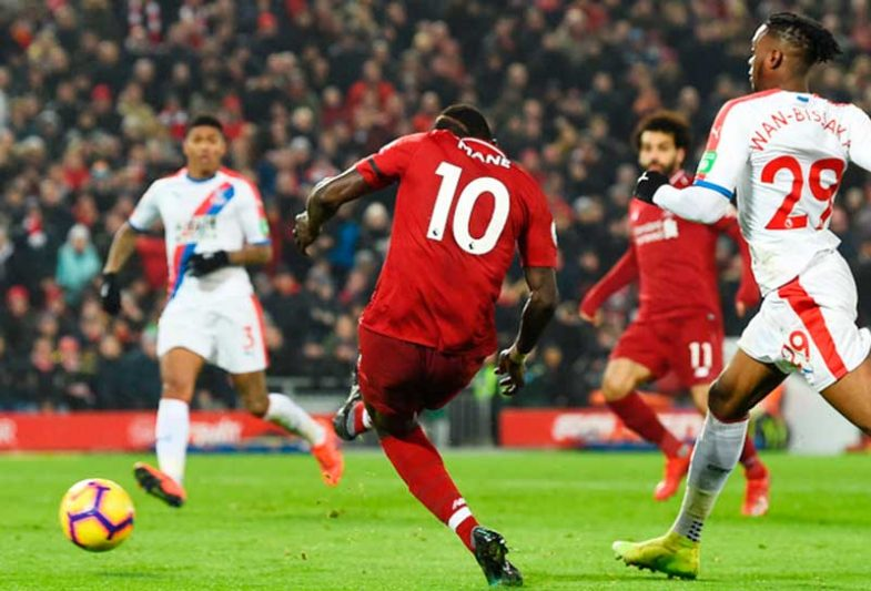 Paralisado na 29ª rodada, o Campeonato Inglês tem o Liverpool na liderança com 25 pontos (Foto: Liverpool/Reprodução)