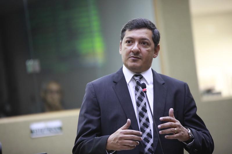Deputado estadual Felipe Souza