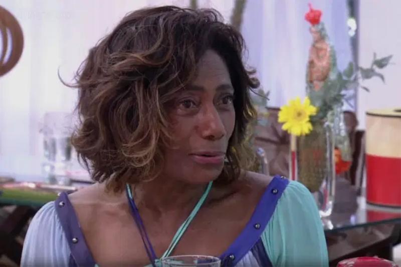 Glória Maria fala sobre sua reação ao tumor no cérebro em entrevista ao Pedro Bial(Foto: Reprodução/TV Globo)