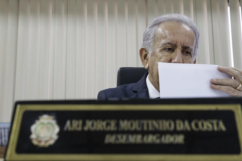 Ari Moutinho
