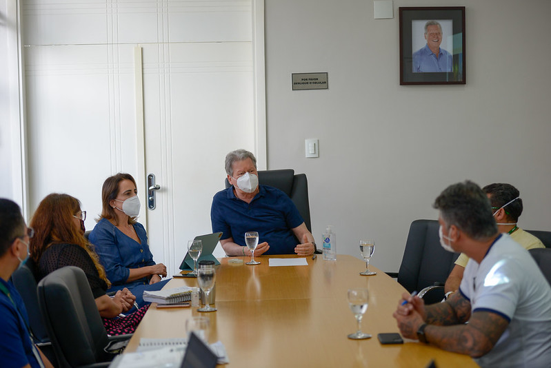 Prefeito Arthur Virgílio Neto se reuniu com secretários
