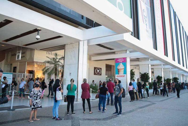 Em Maio, o governo do DF permitiu a abertura de shoppings (Foto: Marcello Casal/Agência Brasil)
